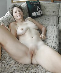 HORNY SEXY WOMEN LOVE SHOWING IT FOR CAMERA 9
