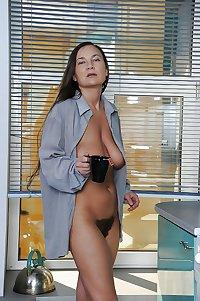 Svetlana - Milf with saggy boobs and hairy twat