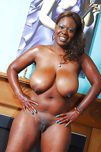 Nude africa 2