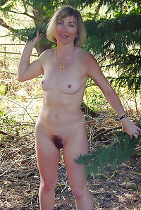 SEXY WOMEN - THEY COME IN ALL SHAPES & SIZES 39