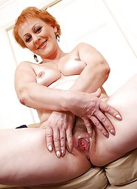 MATURE AND GRANNIES 89