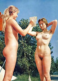 VINTAGE NUDISTS NATURAL HAIRY PUSSY