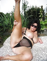 SEXY WOMEN - THEY COME IN ALL SHAPES & SIZES 155
