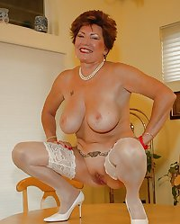 MATURE AND GRANNIES 51