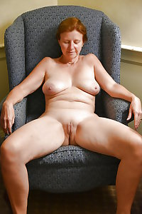 MATURE AND GRANNIES 92