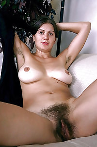 Hairy Pussy Saggy Tit