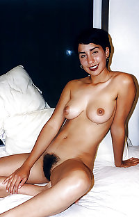 Nice Hairy Brunette with hairy armpit (Camaster)