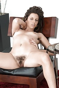 Amateur beauty, tini & wife  hairy pussy