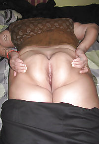 Indian Mature Pussies