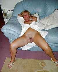 HORNY SEXY WOMEN LOVE SHOWING IT FOR CAMERA 34