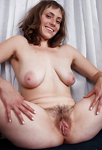BEAUTIFUL GIRLS WITH BOOBS & HOT HAIRY PUSSY 09 C5M